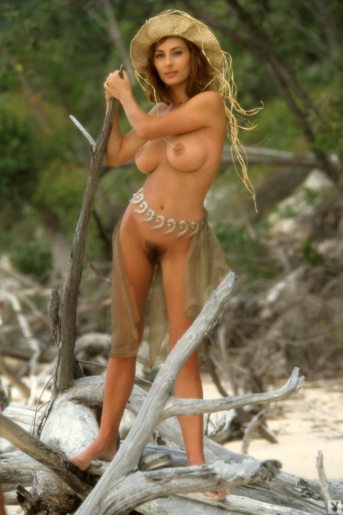 Nude shannon long Shannon Long